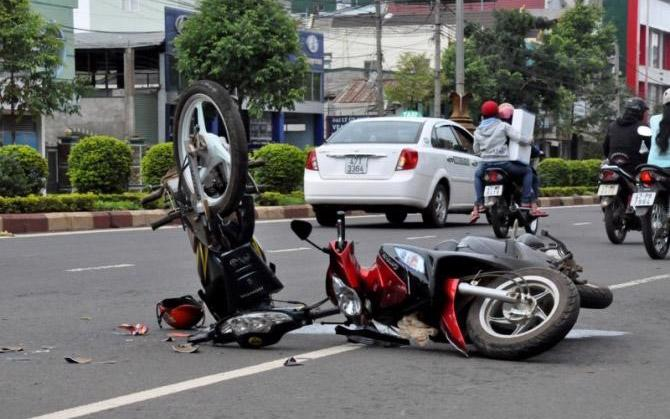 "<span style=""font-family: 'Times New Roman'; font-size: 15px;"">65% tai nạn giao thông là do xe mô tô, xe máy gây ra.</span>"