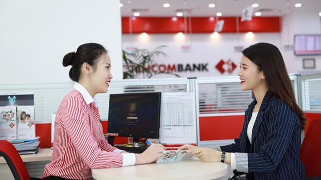 Techcombank vẫn tiếp tục hỗ trợ các doanh nghiệp được vay với lãi suất ưu đãi từ gói tín dụng 18,000 tỷ.