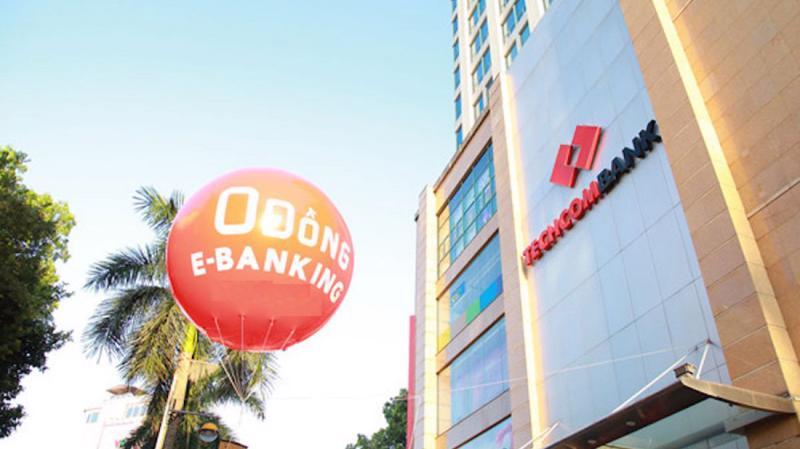 Khối lượng và giá trị giao dịch E-banking trong 9 tháng đầu năm tăng vọt, lần lượt đạt 117% và 84% so với cùng kỳ.
