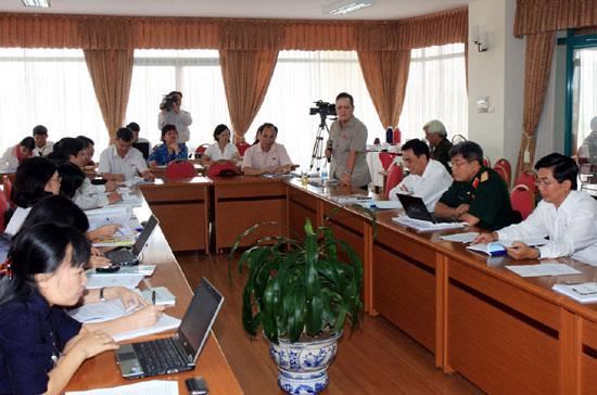 Đại biểu Quốc hội còn băn khoăn về một số nội dung của dự thảo văn kiện.