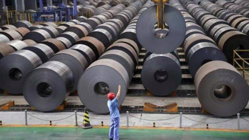 Thép cuộn cán nóng nhập khẩu là nguyên liệu đầu vào của nhiều doanh nghiệp thép, tôn mạ hiện nay.
