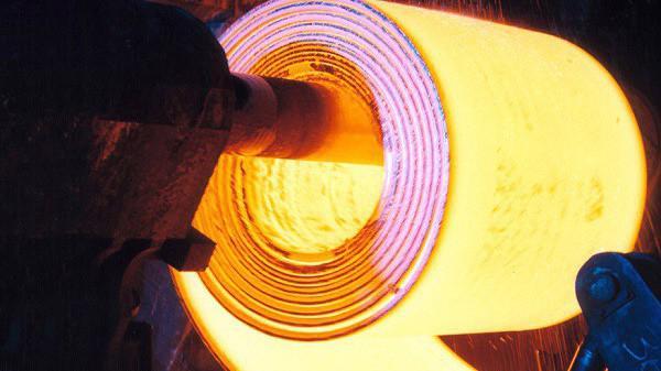 Nếu tăng thuế MFN thì các doanh nghiệp sản xuất cán nguội, tôn mạ và ống thép còn phải đối mặt thêm với những khó khăn nữa.