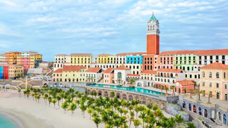 """""""Thị trấn Địa Trung Hải"""" tại bờ Nam đảo Ngọc Phú Quốc đang dần rõ nét."""