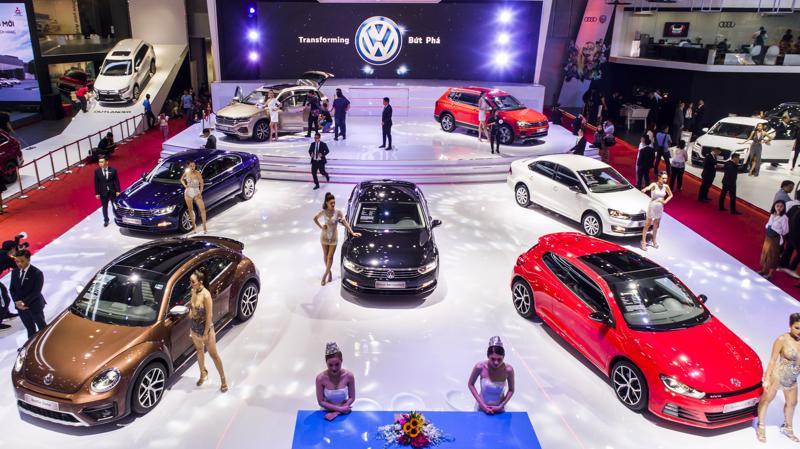 Cú tụt dốc của sức mua ô tô tháng đầu năm 2021 được cho là xuất phát chủ yếu từ việc chính sách hỗ trợ 50% lệ phí trước bạ hết hiệu lực.