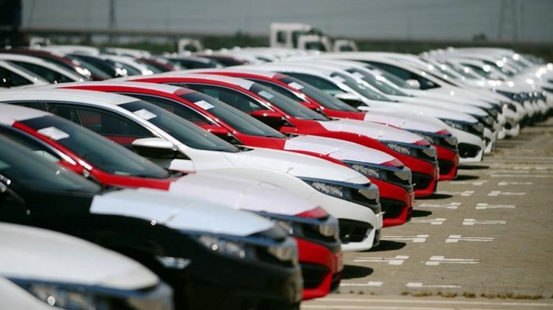 Danh sách 10 mẫu xe ô tô đắt khách nhất tháng đầu năm 2021 đã chứng kiến những xáo trộn mạnh mẽ so với tháng cuối cùng của năm ngoái.