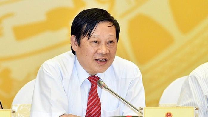 Thứ trưởng Bộ Y tế Nguyễn Viết Tiến và một số cán bộ nghỉ hưu từ 1/9.