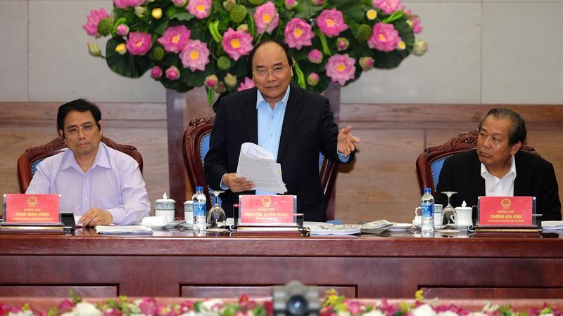 Thủ tướng cũng nhấn mạnh vai trò của công tác tuyên truyền, tạo đồng thuận trong xã hội khi tiến hành lập 3 đặc khu kinh tế.