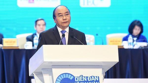 """""""Chúng ta cần tạo điều kiện không gian, nguồn lực, cơ hội cho khu vực tư nhân phát triển thuận lợi hơn"""", Thủ tướng Nguyễn Xuân Phúc nói."""