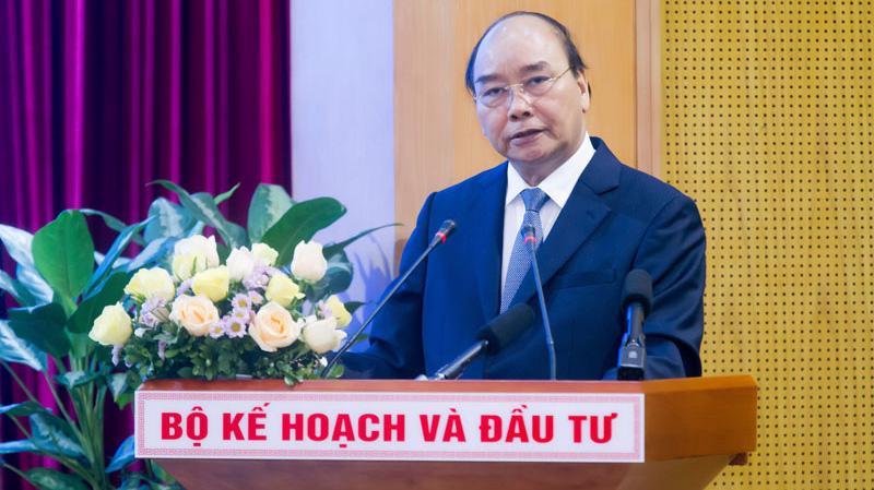 Thủ tướng Chính phủ Nguyễn Xuân Phúc Hội nghị trực tuyến triển khai thực hiện Nghị quyết 01 và 02 năm 2020 của Chính phủ do Bộ Kế hoạch và Đầu tư tổ chức - Ảnh: VGP.
