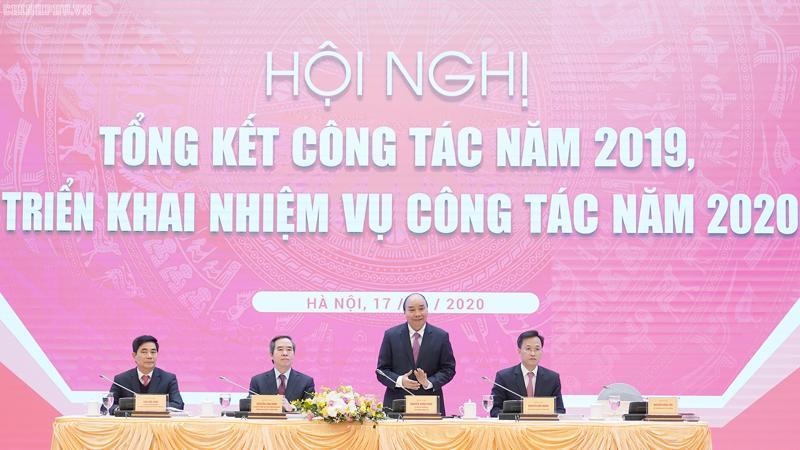 Thủ tướng Nguyễn Xuân Phúc tham dự hội nghị của Ban kinh tế Trung ương - Ảnh: VGP.