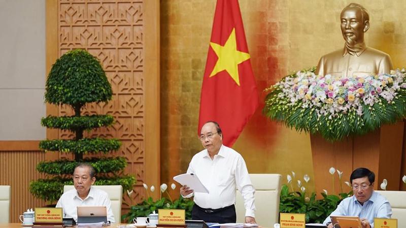 Thủ tướng Nguyễn Xuân Phúc, Chính phủ họp phiên thường kỳ tháng 8