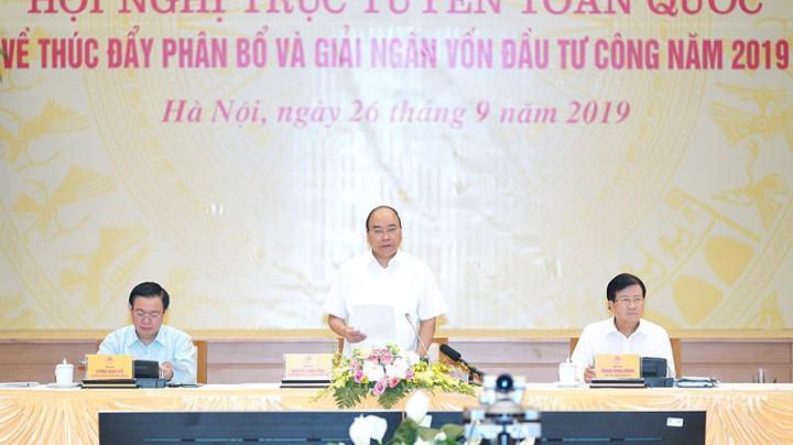 Thủ tướng Nguyễn Xuân Phúc chủ trì hội nghị- Ảnh: Quang Phúc.
