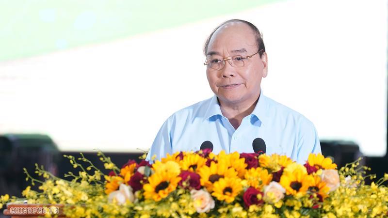 Thủ tướng Nguyễn Xuân Phúc phát biểu tại cuộc đối thoại - Ảnh: VGP