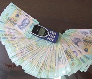 Tang vật một vụ vận chuyển tiền giả từ Lạng Sơn về Hà Nội - Ảnh: VnExpress.