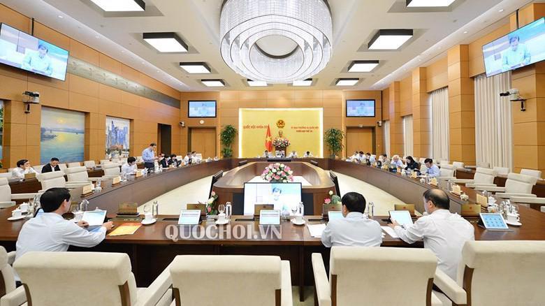 Ngày 16/10, Uỷ ban Thường vụ Quốc hội đã quyết định sắp xếp một loạt đơn vị hành chính tại ba tỉnh Thanh Hoá, Hải Dương và Bắc Ninh,