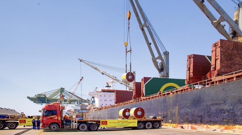 Xuất khẩu là một trong hai kênh bán hàng chủ lực đóng góp lớn vào sự phát triển của HSG.