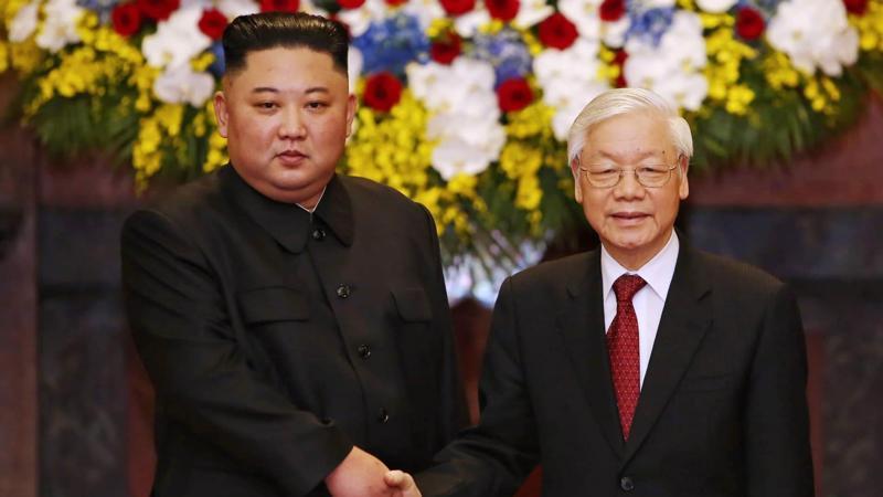 Tổng Bí thư, Chủ tịch nước Nguyễn Phú Trọng tiếp đón Chủ tịch Triều Tiên Kim Jong Un nhân chuyến thăm hữu nghị chính thức Việt Nam vào tháng 3/2019 - Ảnh: VGP