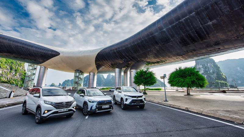 Bộ 3 mẫu xe gầm cao của Toyota gồm Fortuner, Rush và Corolla Cross.