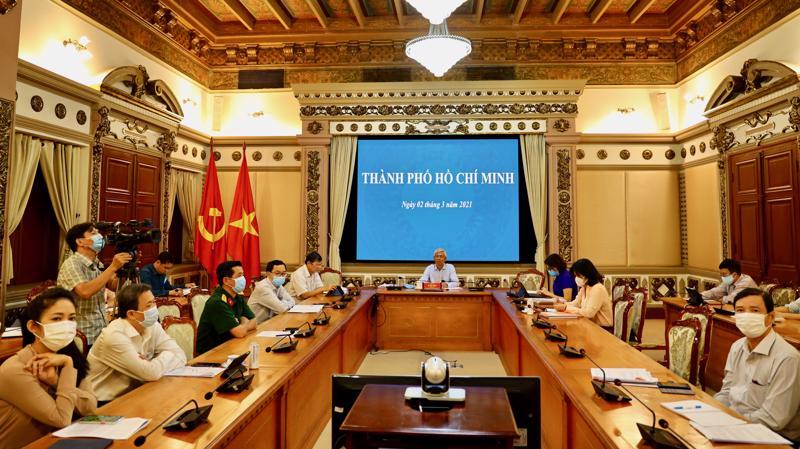 Phó Chủ tịch UBND Tp.HCM Võ Văn Hoan chủ trì họp trực tuyến Chính phủ thường kỳ tháng 2, sáng ngày 2/3/2021.