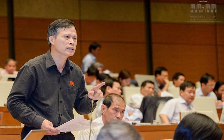 Đại biểu Trần Văn Độ trên diễn đàn Quốc hội