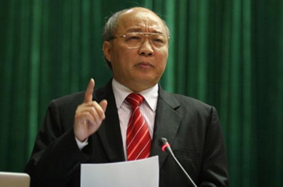 Bộ trưởng Nguyễn Quốc Triệu trả lời chất vấn trước Quốc hội chiều 22/11 - Ảnh: danviet.vn