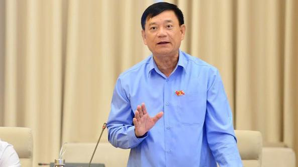 Trưởng ban Công tác đại biểu Trần Văn Tuý phát biểu - Ảnh: QP