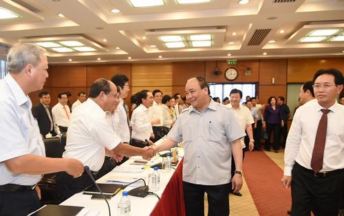 Thủ tướng khẳng định mục tiêu của Chính phủ là xây dựng Petro Vietnam  phát triển bền vững, tiếp tục đóng góp vào sự phát triển của đất nước  trong nhiều thập niên tới.