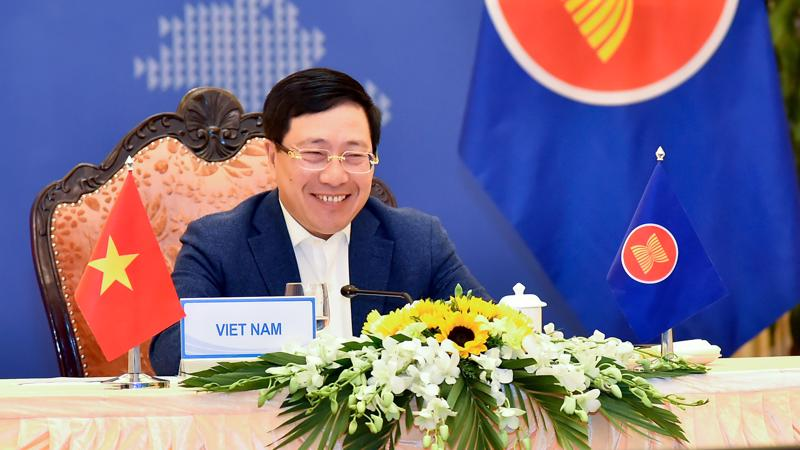 Phó Thủ tướng, Bộ trưởng Bộ Ngoại giao Phạm Bình Minh tại Hội nghị hẹp Bộ trưởng Ngoại giao ngày 21/1 - Ảnh: Bộ Ngoại giao