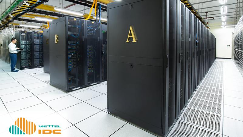 """Viettel IDC hiện đang chiếm 40% thị phần đồng thời cũng là nhà cung cấp đầu tiên triển khai dịch vụ lưu trữ, vận hành dữ liệu """"5 sao"""" cho các tổ chức, doanh nghiệp trong và ngoài nước."""