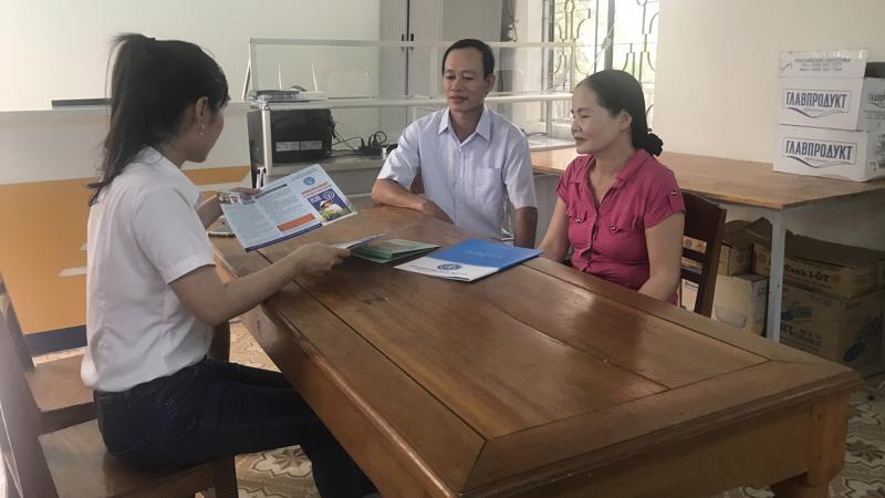 Tư vấn người dân tham gia Bảo hiểm Xã hội tự nguyện tại tỉnh Quảng Nam.