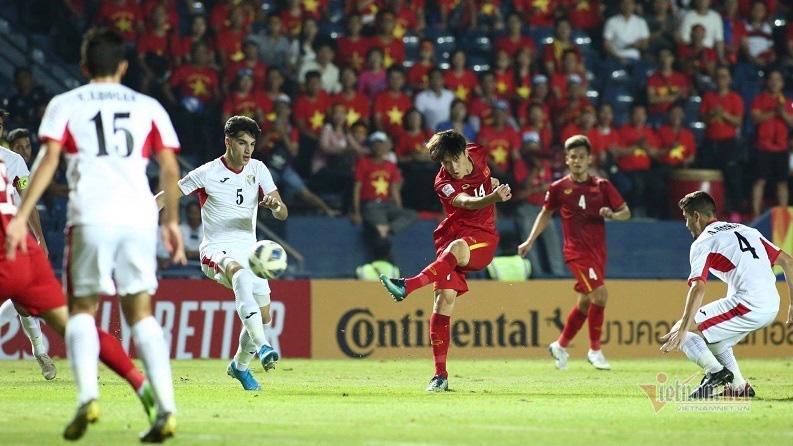 Trước khi gặp Triều Tiên vào 20h15 ngày 16/1, đội tuyển Việt Nam đã có hai trận hoà không bàn thắng trước UAE và Jordan