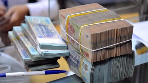Tiếp tục cơ cấu lại chi ngân sách nhà nước theo hướng hiệu quả, bền vững; giữ cơ cấu hợp lý giữa tích lũy và tiêu dùng, tăng tỷ trọng chi đầu tư phát triển, giảm tỷ trọng chi thường xuyên.