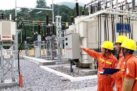 EVN khuyến cáo các cơ quan, công sở và người dân cần triệt để sử dụng điện tiết kiệm và hiệu quả.