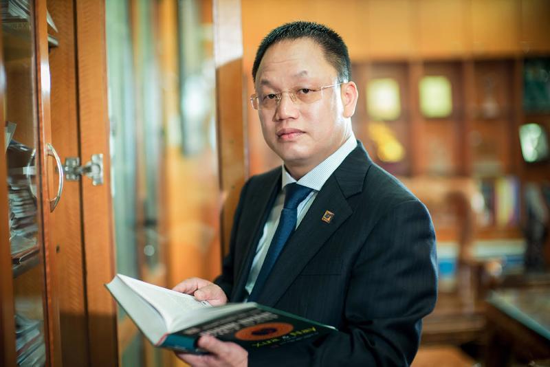 Ông Nguyễn Cảnh Hồng - Tổng giám đốc Công ty Cổ phần Eurowindow.