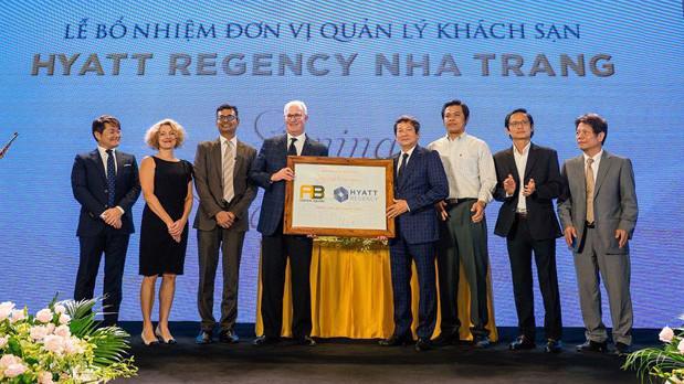Lễ bổ nhiệm Hyatt Regency quản lý khu khách sạn dự án A&B Central Square Nha Trang.