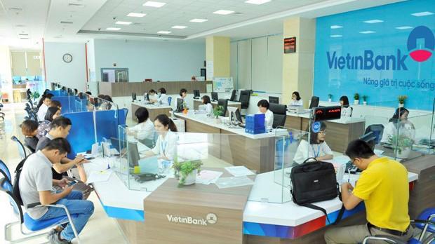 """VietinBank tự hào là Ngân hànghàng đầu Việt Nam trong Bảng xếp hạng """"100 Ngân hàng lớn nhất khu vực ASEAN"""" của The Banker."""
