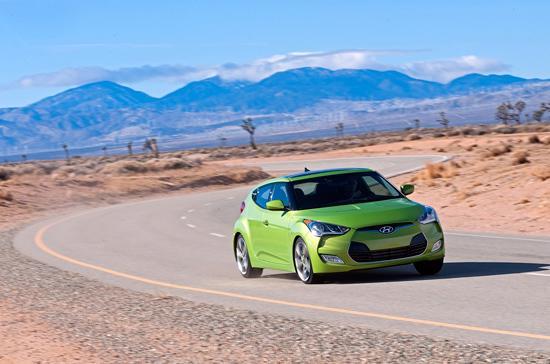 Chỉ với 6 lít xăng, Veloster có thể di chuyển được quãng đường dài 100 km.