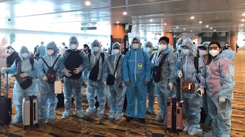 2 chuyến bay đưa công dân Việt Nam từ Myanmar về nước đều hạ cánh tại Đà Nẵng - Ảnh: Bộ Ngoại giao