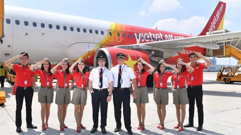 Vietjet đang phối hợp với nhà chức trách hàng không, cơ quan giám định bảo hiểm quốc tế và nhà sản xuất máy bay Airbus để xác định nguyên nhân và khắc phục sự cố.
