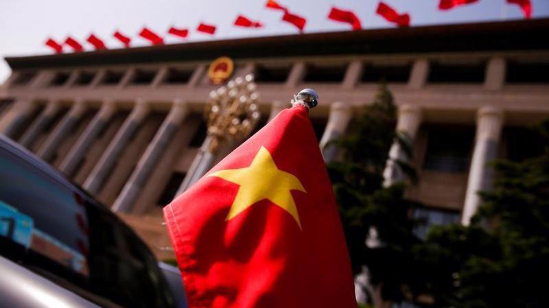 Theo EIU, Việt Nam ghi điểm cao hơn Ấn Độ và Trung Quốc về chính sách FDI - Ảnh: Reuters