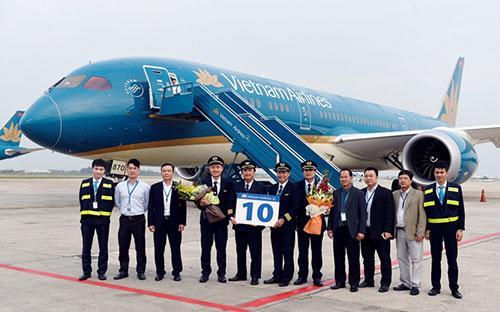 Lễ đón nhận chiếcBoeing 787 Dreamliner tại sân bay Nội Bài của Vietnam Airlines.