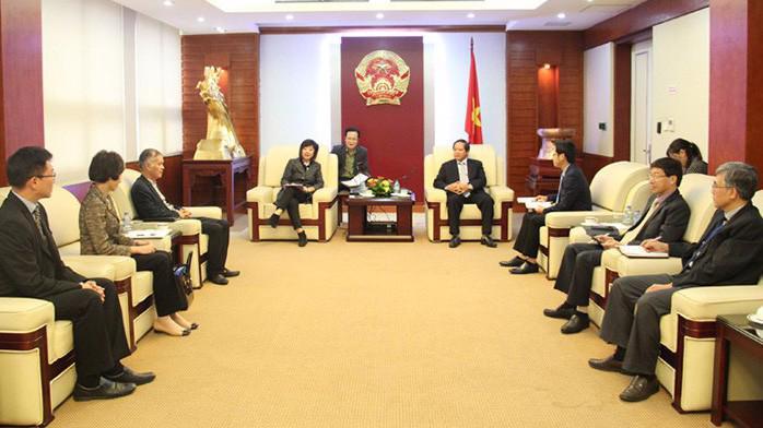 Buổi tiếp và làm việc giữa Bộ trưởng Trương Minh Tuấn và bà Amy Lung, Giám đốc Tập đoàn Hutchison Asia Group.