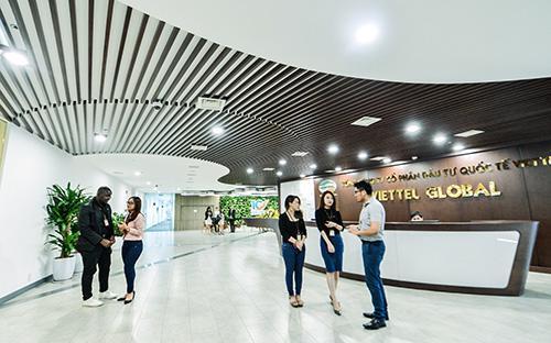 Tại đại hội đồng cổ đông sáng 26/4/2016, hội đồng quản trị Tổng công ty Cổ phần Đầu tư Quốc tế Viettel đã trình phương án tăng vốn điều lệ thêm 8.000 tỷ đồng thông qua hình thức chào bán cổ phiếu cho Tập đoàn Viettel.