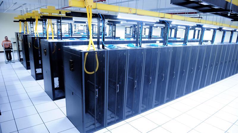 Trung tâm dữ liệu của Viettel IDC đã phải trải qua quá trình đánh giá trên 2600 yêu cầu, bao gồm các yêu cầu liên quan đến viễn thông, điện, kiến trúc, cơ khí.