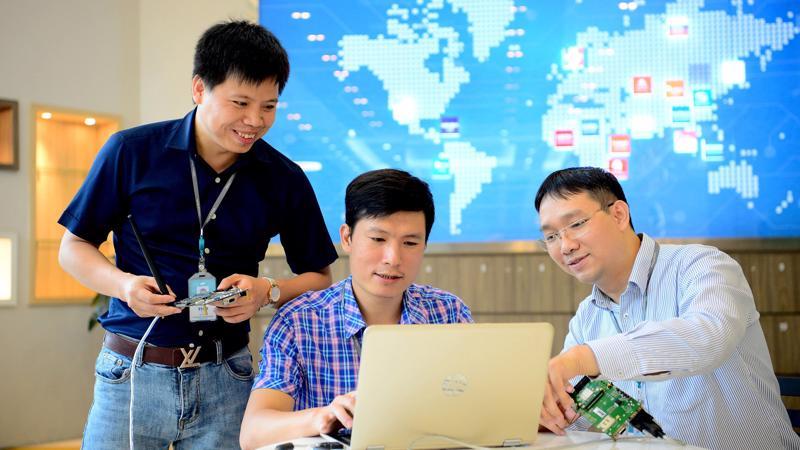 Viettel tích cực thúc đẩy quá trình chuyển đổi số trong Tập đoàn.