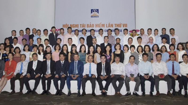 Trong quá trình 23 năm hoạt động, Vinare đã đạt được nhiều thành tích nổi bật được Nhà nước ghi nhận với các Huân chương Độc lập hạng Ba và các Huân chương Lao động hạng Nhất, Nhì, Ba.