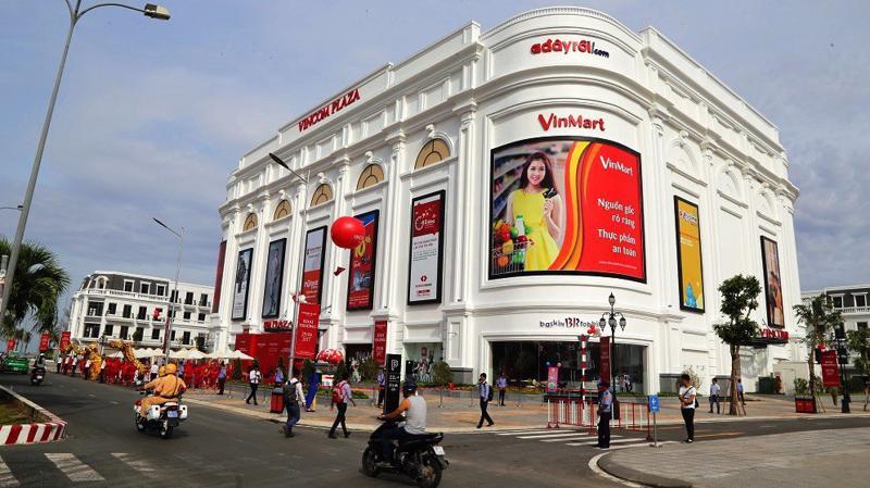 Công ty Cổ phần Vincom Retail hiện đang quản lý, vận hành và cho thuê 44 trung tâm thương mại tại 22 tỉnh và thành phố lớn tại Việt Nam.