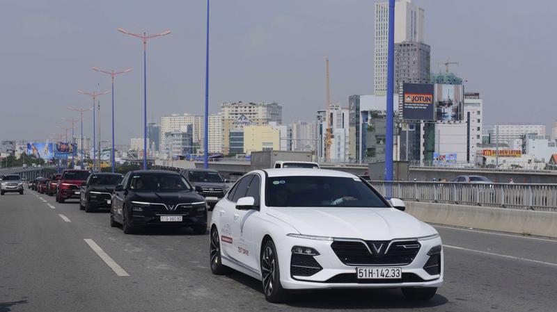 Mẫu xe sedan VinFast Lux A2.0 đang ngày càng được người tiêu dùng Việt Nam ưa chuộng.