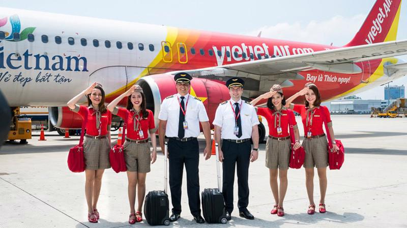 Cục Hàng không lên tiếng vụ cấp phép bay quá giờ cho phi công Vietjet - Ảnh minh hoạ.