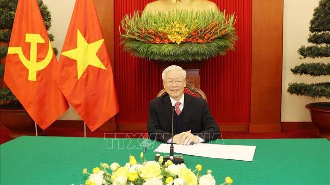 Tổng Bí thư, Chủ tịch nước Nguyễn Phú Trọng điện đàm với Chủ tịch Đảng Dân chủ Tự do, Thủ tướng Nhật Bản Suga Yoshihide - Ảnh: TTXVN